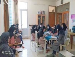 برگزاری دوره های آموزشی مرکز خواهران کاشمر