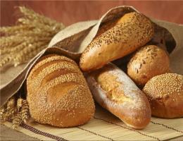 مسابقات آزاد مهارت نانهای حجیم و نیمه حجیم برگزار شد.