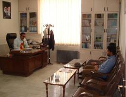 بررسی راهکارهای آموزشی منجر به اشتغال با بسیج سازندگی در مرکز آموزش فنی وحرفه ای شهید عباسیان تایباد