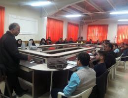 برگزاری سمینار آموزشی هرس ، توپیاری و بنسای در مرکز نیشابور همزمان با ایام خجسته فجر انقلاب اسلامی