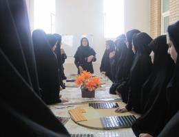 بازدید دانش آموزان مدرسه فرزانگان از مرکز آموزش فنی و حرفه ای شهید شرکاء