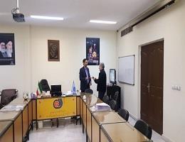 تقدیر رئیس مرکز آموزش مهارتهای پیشرفته ارم از مربی ایثارگر مرکز به مناسبت روز جانباز