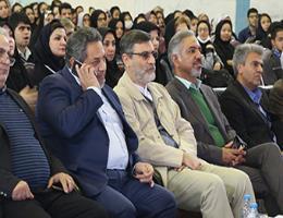 نماینده مردم شریف مشهد وکلات : معلولین مهارت آموز الگوی بسیار خوبی برای همه ما هستند .
