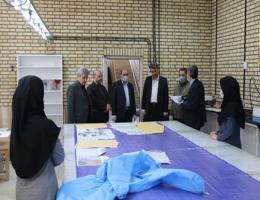 اجرای طرح مشارکتی تولید لباس گان و بهداشتی در اداره کل آموزش فنی و حرفه ای خراسان رضوی
